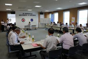 『第1回常任委員会の写真1』の画像
